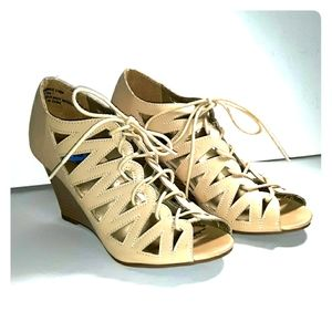 Rampage 6.5 wedge heels great condition